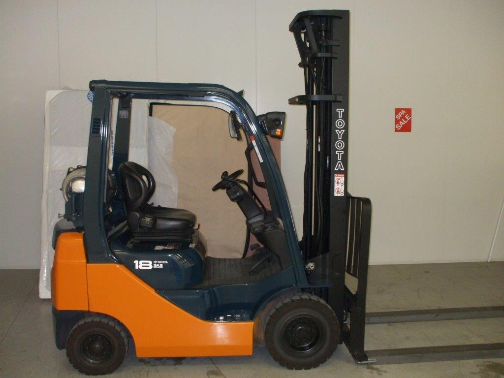 toyota forklift for hire Melbourne, suits factory warehouse work